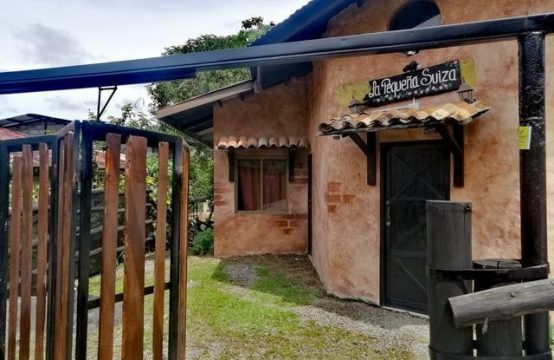 Rustic Style House For Sale in Boquete